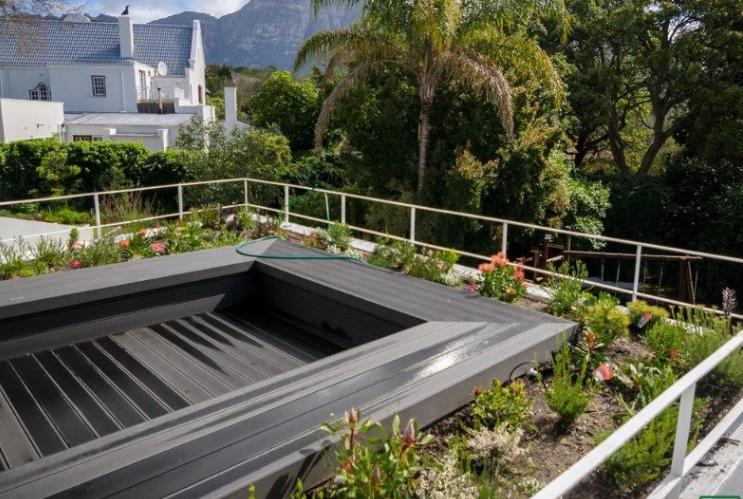 Rooftop gardens - Living Green Walls